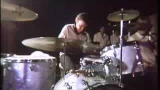 Buddy Rich on why he doesn't use match grip