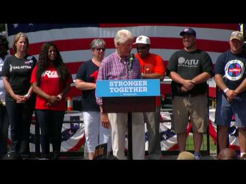 Bill Clinton campaigns for Hillary at Labor Day picnic