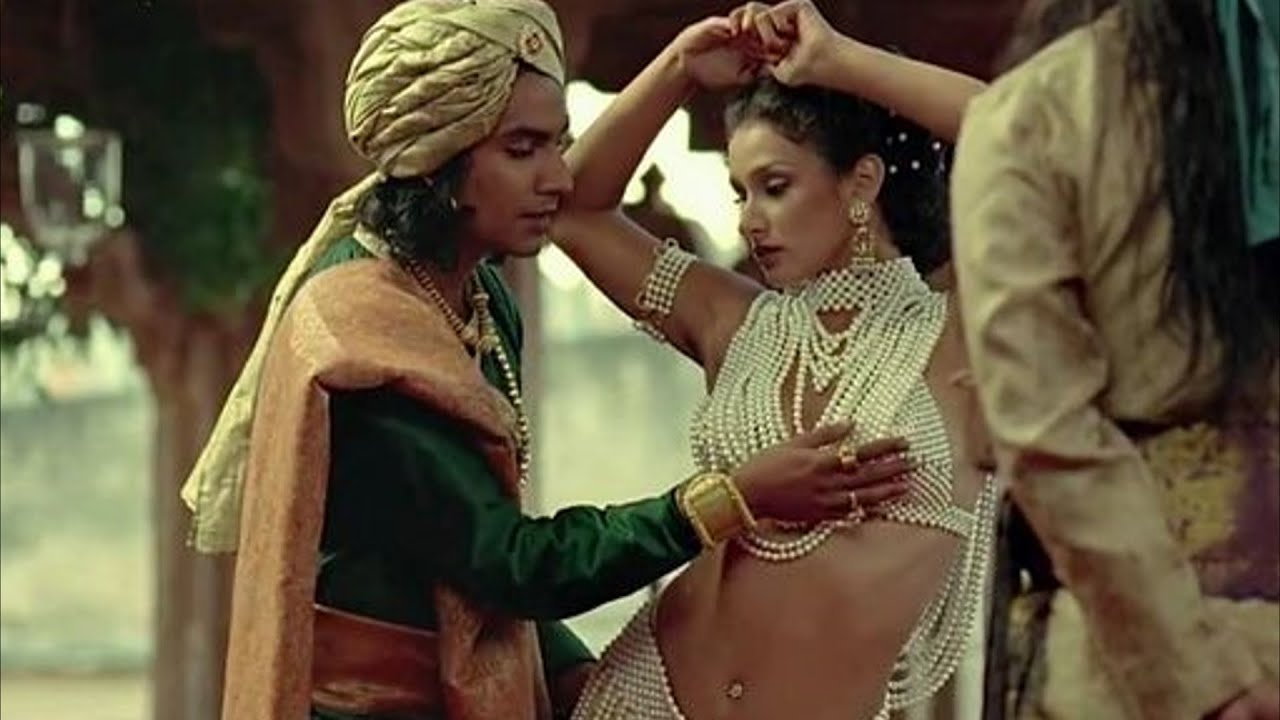 6 INDIAN MOVIES THAT GOT BANNED