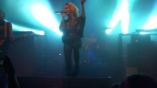 Jennifer Rostock - Lügen haben schöne Beine live @ Capitol in Hannover (06.11.2011)