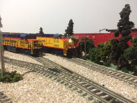 Chessie System Freight Train HO Scale