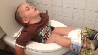 Смешные фотографии Кто-Где-Как спит.Funny pictures Who-Where-How to sleep.(Макс решил вас повеселить немножко.и для вас насобирал смешную подборку фото(фотоподборку).как люди и живот..., 2016-09-14T21:05:45.000Z)
