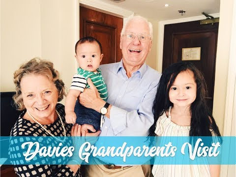 UK GRANDPARENTS' VISIT pt.2: HAPPIEST BABY!!