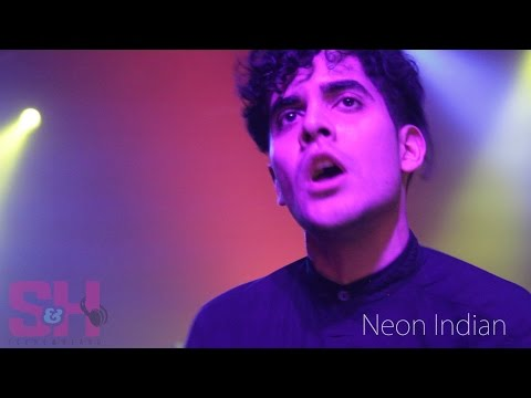 Neon Indian - Annie (LIVE at The Observatory)