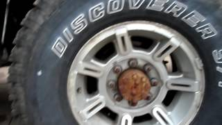 Does tire pressure increase under a heavy load?