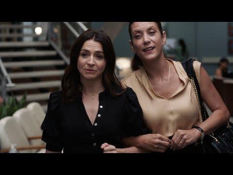 Addison and Amelia Reunite - Grey's Anatomy