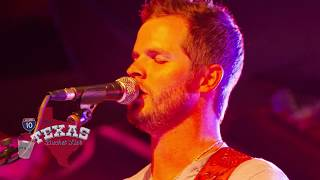 """The Texas Bucket List - Aaron Copeland  performs """"Here She Comes"""""""