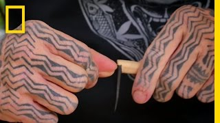 Learning the Art of Traditional Tattooing on the Cook Islands | Short Film Showcase(, 2016-10-30T20:00:02.000Z)