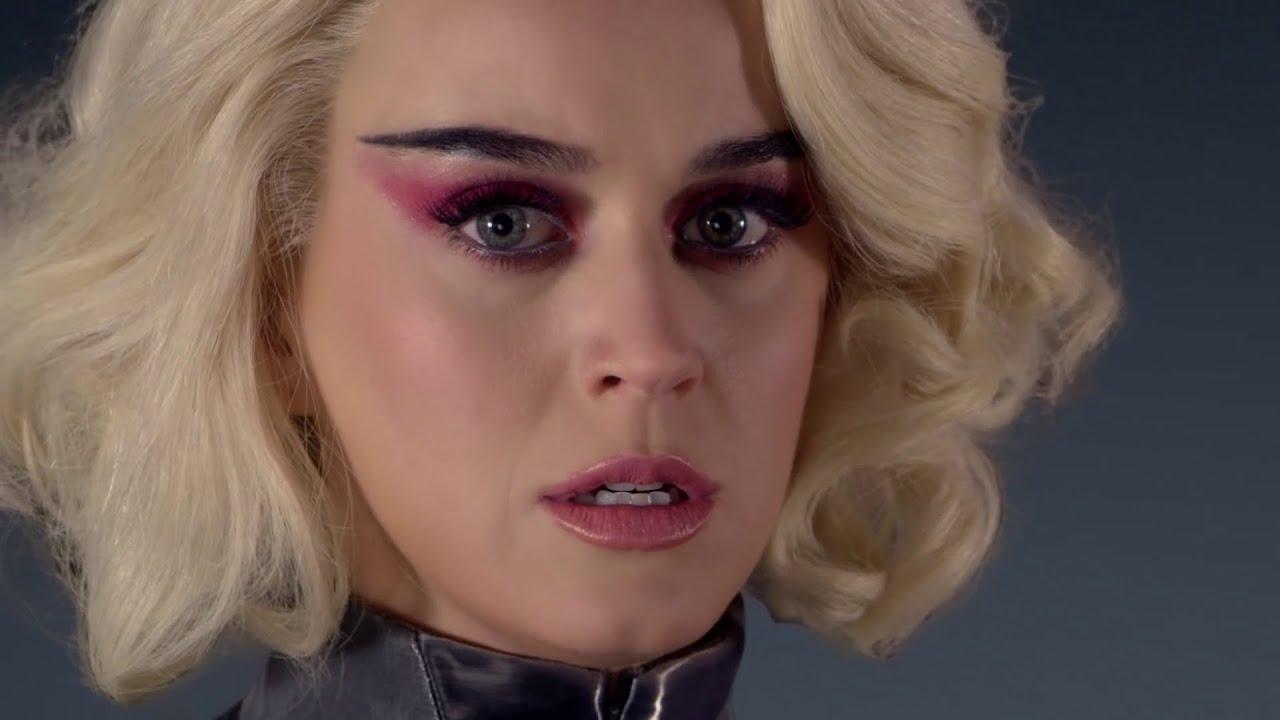 Katy Perry Despierta Encadenada al ritmo (El verdadero Significado)
