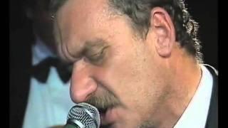 Paolo Conte - Gli impermeabili (Live Montreux)