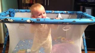 видео Манеж для ребенка