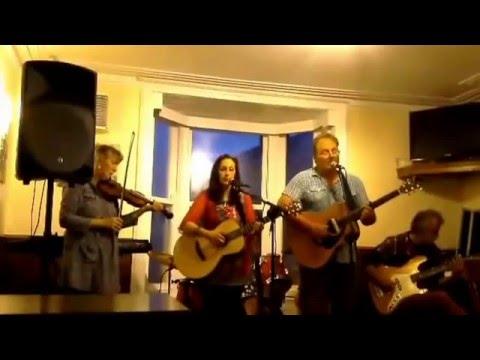 """Brenig performing """"Yr Wyddfa"""" with Jon Aidrie on bass. Composed by Daniel Laws"""