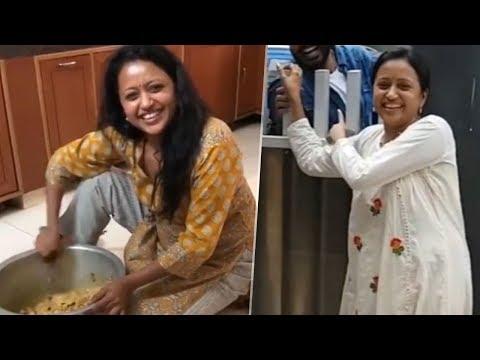 Anchor Suma Kanakala Unseen Hilarious Videos   Manastars thumbnail