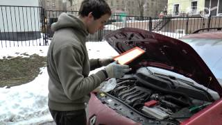Замена воздушного фильтра двигателя на Renault Megane II