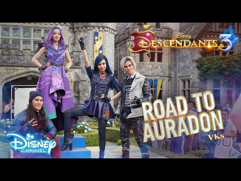 Descendants 3 | BEHIND THE SCENES: Road To Auradon - The Original VKs