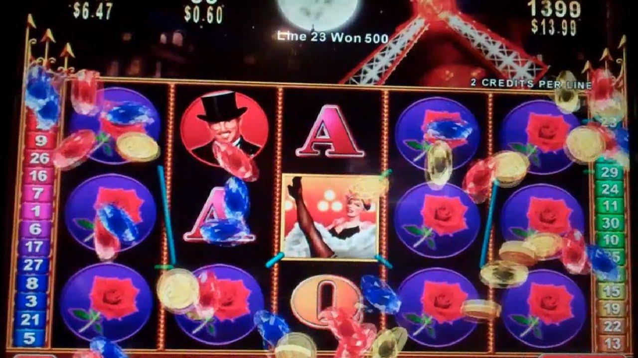 Club Moulin Slot Machine