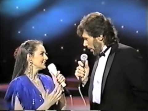 Crystal Gayle - Eddie Rabbitt - duet - you and I