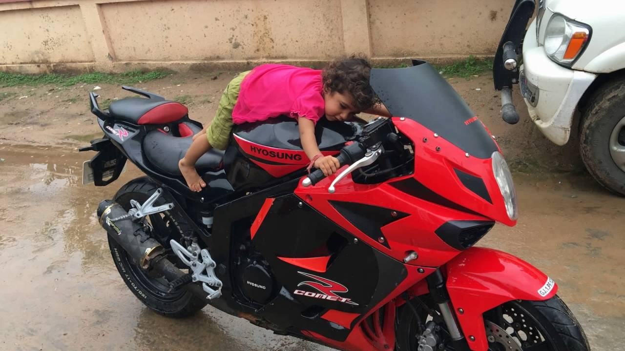Gt250r Price Hyosung Bike Baby Seat Price Video In Rode 2016 Youtube