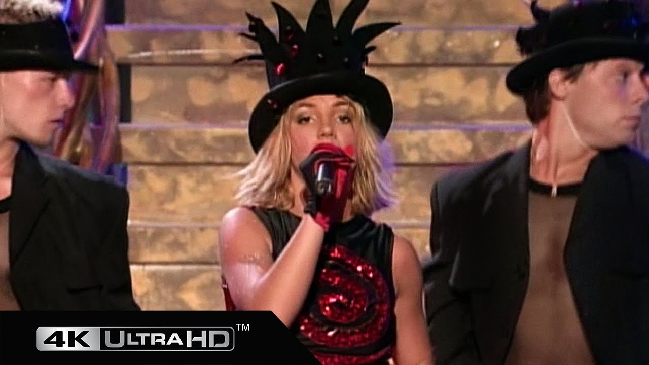 Download Britney Spears - The Beat Goes On (Live In Hawaii) 4K 60fps