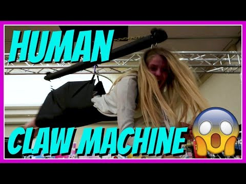 HUMAN CLAW MACHINE || WHAT HAPPENS AT CLAMOUR DAY 2 || Taylor and Vanessa