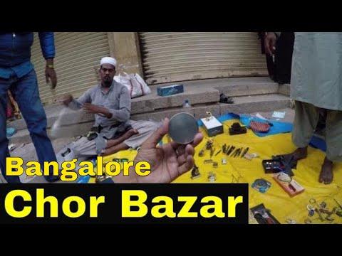 Bargaining At Thieve's Market! // Chor Bazaar, Bangalore