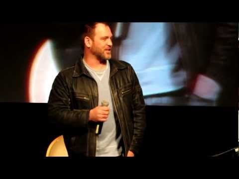 Ty Olsson Doing the Voice of Ord from Dragon Tales  Las Vegas Convention 2013