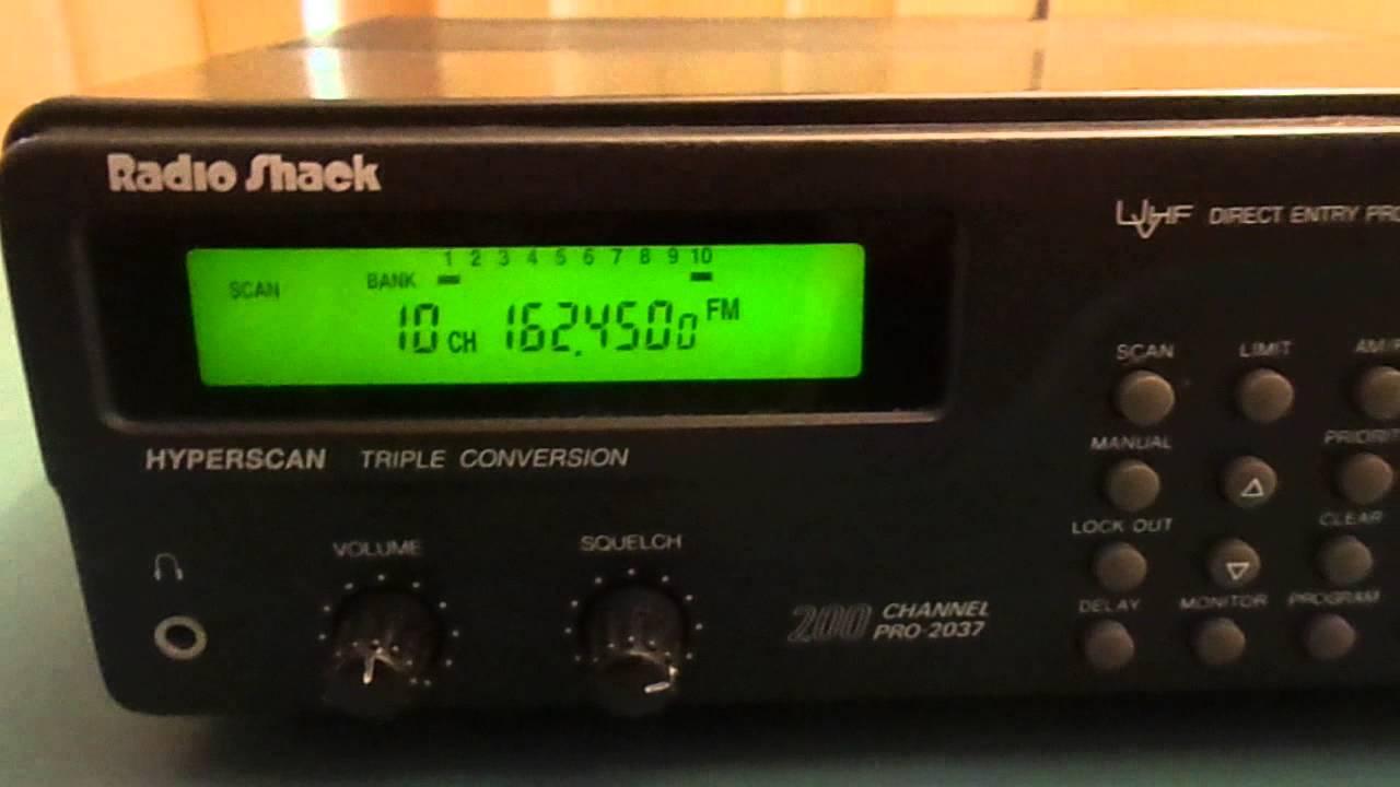 RADIO SHACK PRO-2037 TRIPLE CONVERSION SCANNER