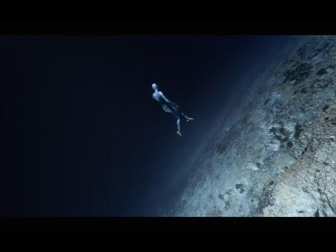 OCEAN GRAVITY - Guillaume Néry / Julie Gautier