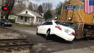 Train crashes into car: Fatal accident captured on video by Kentucky trainspotters