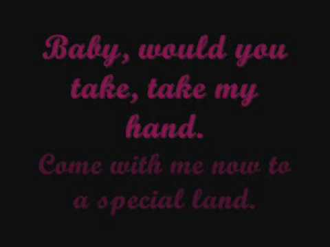 Walk me Home-Mandy Moore (with lyrics)