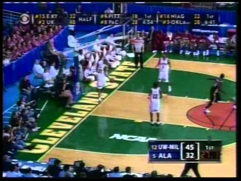 UWM Classic: The Start To The 2005 Sweet 16