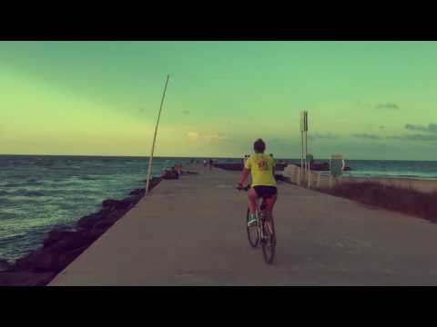 Bicycling around Haulover Park - Miami Beach