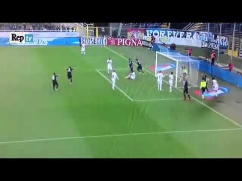 Incredible goal on corner kick - goal incredibile da calcio d'angolo