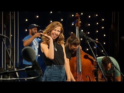 909 in Studio : Lake Street Dive - 'The Full Session' | The Bridge