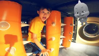 라임의 키즈카페에 선물을 찾아라!  Lime have fun playing at the Indoor Playground for kids