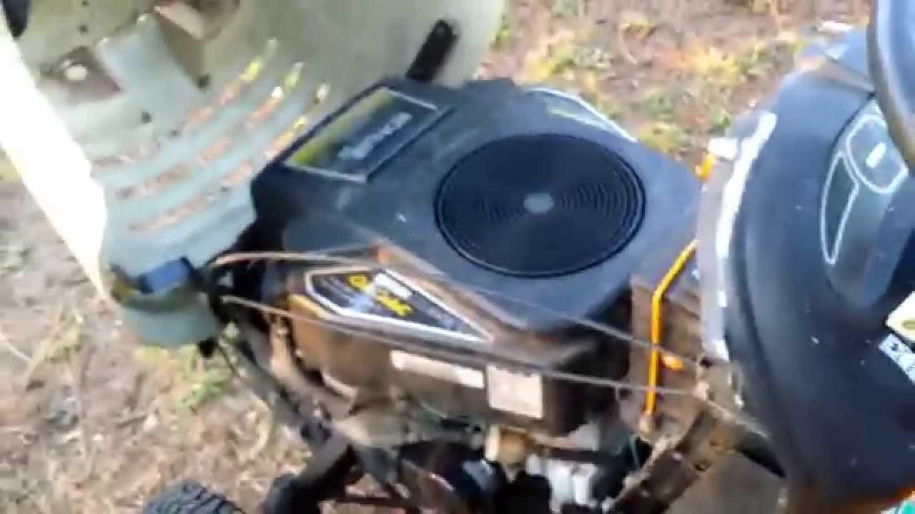 Cub Cadet Lt 1050 Video Youtube
