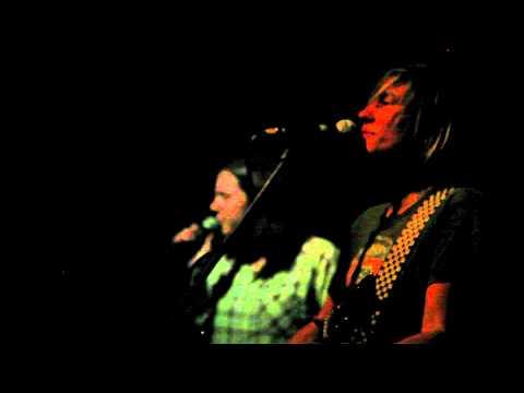 'Freewheel' Kaia Wilson and Jennifer O'Connor
