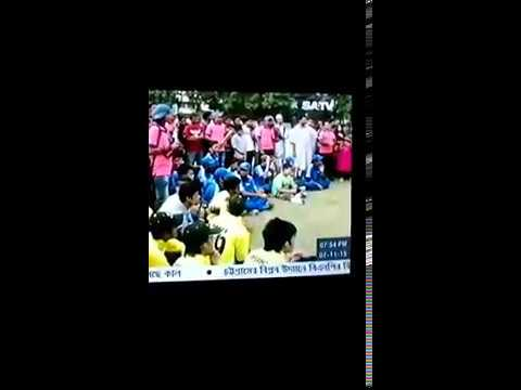 Masum's Bro Receives Prize (TV-Clip)