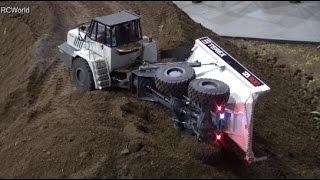 RC Construction Site Caterpillar Excavator Baustelle Prague 2015 ♦ Model Hobby Modellbaumesse Prag