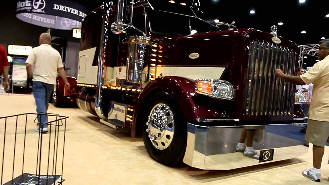 Roadworks 388 Low Pro Peterbilt Show Truck at Mid America Trucking Show 2012