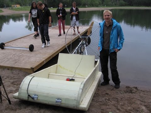 Electric boat-airboat - YouTube