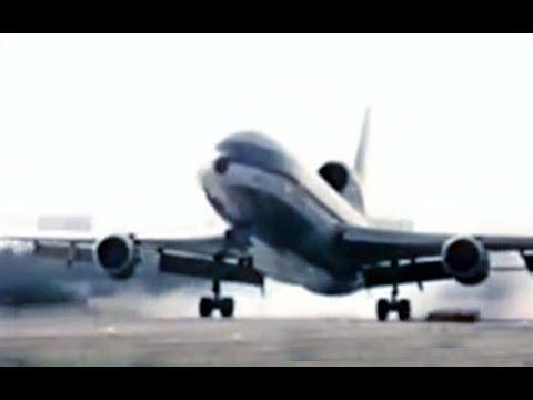 "Eastern Lockheed L-1011 TriStar - ""Landing Puerto Rico"" - 1976"