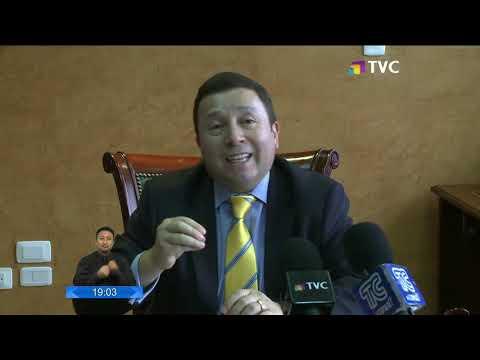 Hoy vence plazo para que Interpol emita difusión roja contra Rafael Correa