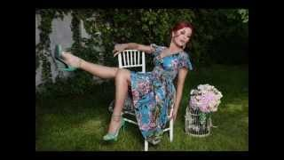 Elena Gheorghe feat. Glance - Mamma Mia (Lyrics Video)