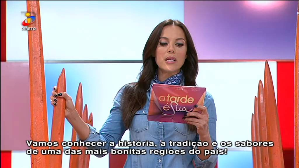 Iva Domingues apresenta o programa em Mirandês - YouTube