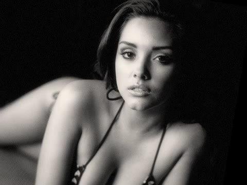 2009 LA Woman Calendar - Estevan Oriol