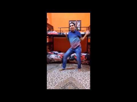 Mehroz Baig dance on Tutti Fruiti - Karachi Se Lahore