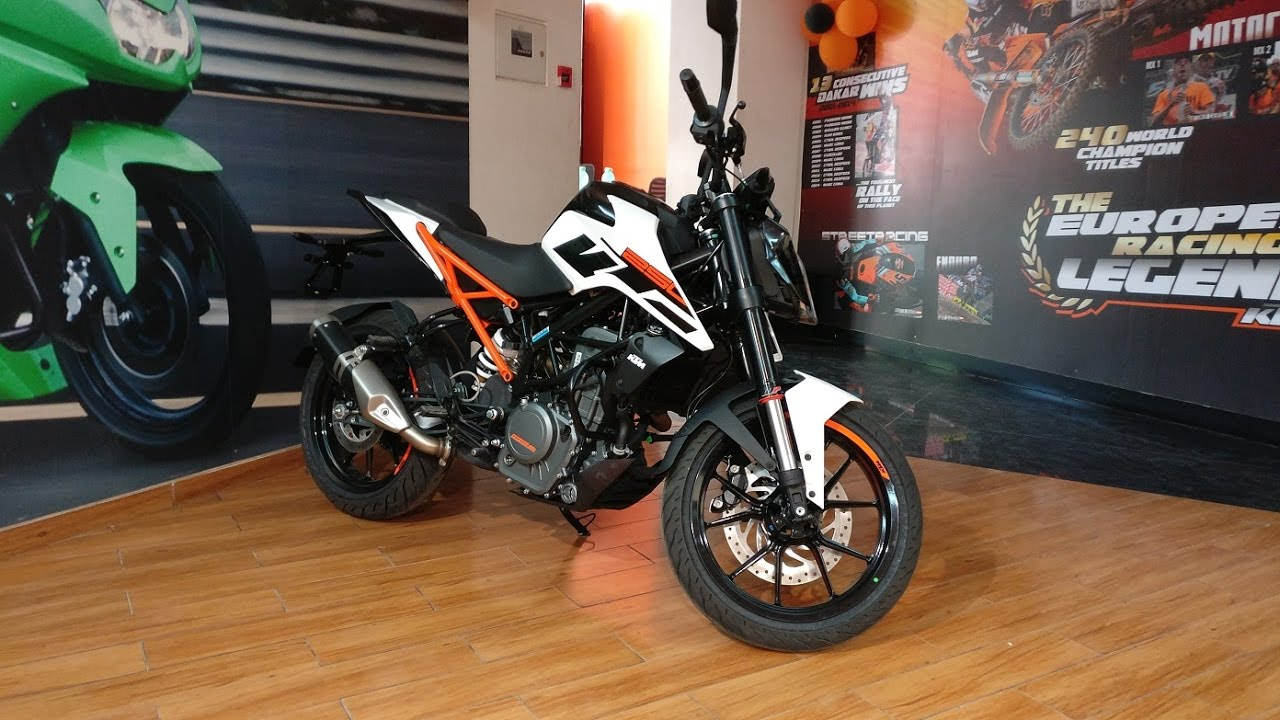 2017 ktm duke 250 white and black color walkaround first impressions