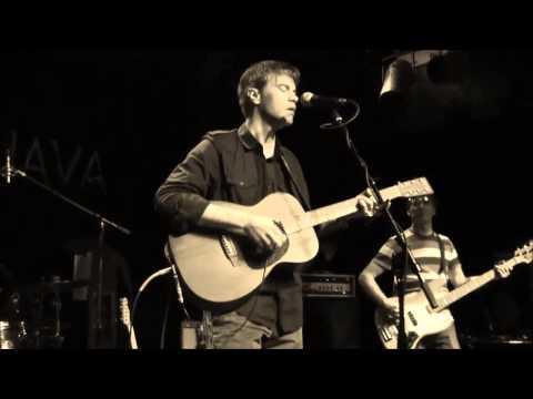 The Ocean blue  - Fast Forward reverse (Live music video)