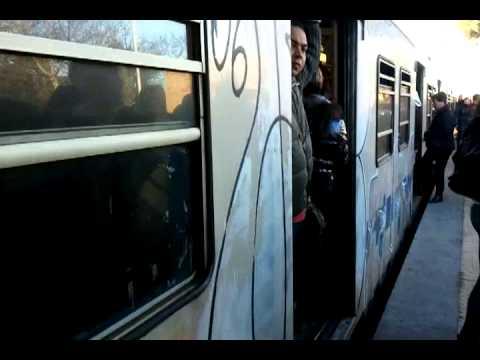 Trenino Roma-Lido pieno ad Acilia causa disservizi pre-sciopero
